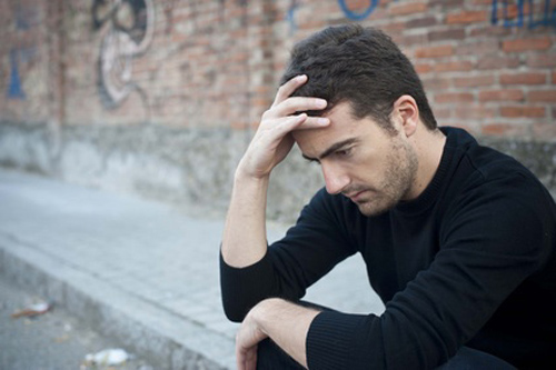 New study finds that altering distinct brain pathways found to aid symptoms such as social withdrawal and helplessness behavior. [Paolese/Fotolia]