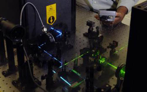 Instrument combines atomic force microscope and FRET technologies.[Bob Elbert/Iowa State University]